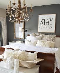 Ideas To Decorate A Bedroom Bedroom Bedroom Decorating Themes Master Bedroom Decorating