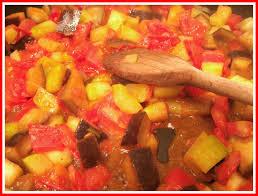 cuisiner l aubergine à la poele la blétatouille poêlée de blé tomates courgettes et aubergines