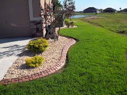 backyard landscaping curbing custom landscaping curbing ideas