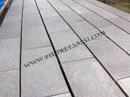 pavimentazione giardino prezzi pavimento esterno pietreesassi
