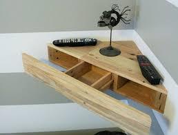 bureau d angle en bois 1001 idées étagère d angle murale arrondissez les angles