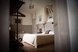 chambres d hotes chateau chambre d hôtes château de la morinière hébergement à beaupreau en