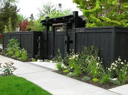 Modern Backyard Fence by 30 Best Black Fences Bring Out Your Garden U0027s Colors Images On