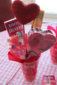How To Make A Candy Bouquet Worth Pinning Valentine U0027s Candy Bouquet