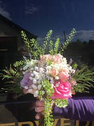 wedding flowers hertfordshire flowers by weddings www amberweddings co uk based in