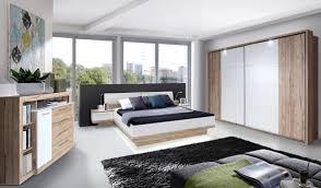 Schlafzimmer Bett Und Kommode Callas Bettanlage 180x200 Inkl Nachtkommoden