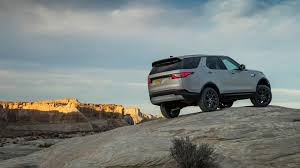 land rover discover taking a spin in the 2017 land rover discovery td6 diesel roadshow
