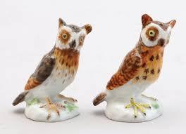 bird figures two meissen porcelain figures of owls comprising a 1924 37