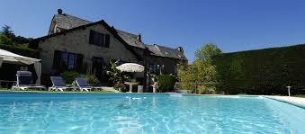 chambres d hotes aveyron avec piscine l auberge du château hôtel 3 étoiles proche rodez conques bozouls