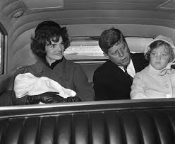 Caroline Kennedy S Children President Kennedy And The First Lady With Their Loving Children