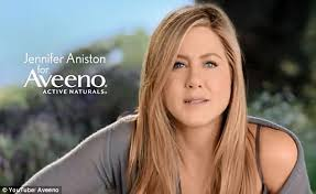 hairstyles of actresses in their 40s jennifer aniston on being 45 and successful in hollywood daily