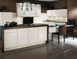 couleur actuelle pour cuisine chambre idee cuisine moderne idees cuisine moderne en forme u