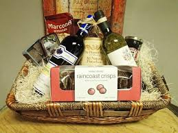 custom gift baskets custom gift baskets picture of the grapevine lake arrowhead