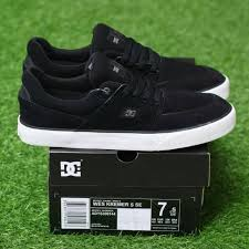 Sepatu Dc dc wes kremer s black white dc shoes nyjah vulc sepatu dc suede