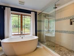Travertine Bathtub Contemporary Master Bathroom With Crown Molding U0026 Hardwood Floors