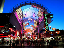 experience las vegas why las vegas is a one of a city oasis at gold spike