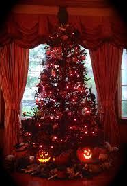 horror christmas tree cheminee website