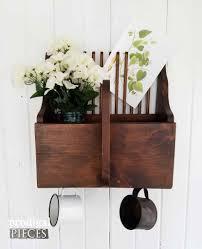 thrifty farmhouse decor budget style decorating prodigal pieces