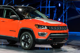 red jeep 2016 2017 jeep compass makes official debut