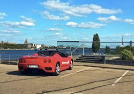 ferrari coupe ferrari u201c vairavimas miesto gatvėse žavi ir lietuvius ir suomius