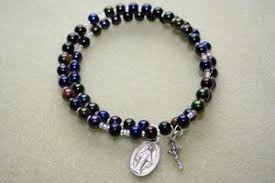 diy rosary how to make a coil memory wire wrap rosary bracelet ehow