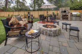Backyard Flagstone Patio Ideas Incredible Stone Backyard Patio Ideas 17 Best Ideas About Stone