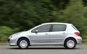 pergut car peugeot 307 hatchback review 2001 2007 parkers