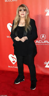 lexus amanda youtube the bangles showcase their youthful appearance daily mail online