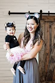 mommy and me cat and mouse costumes fall crafts and eats