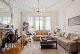 Westside Home Decor Upper West Side Duplex Is A Crown Molding Lover U0027s Dream 6sqft