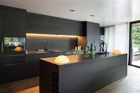 mur en cuisine charming cuisine contemporaine ilot central 7 la d233co mur noir