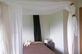 how to make canopy bed how to use pvc to make canopy bed hunker