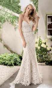 wedding dress trend 2017 5 beautiful wedding dress trends for 2017