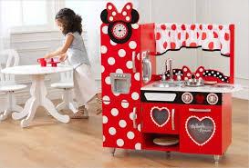jeux de minnie cuisine cuisine en bois enfant vintage minnie disney kidkraft 53371