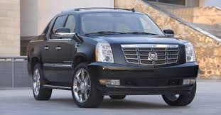 cadillac 2008 escalade pickuptrucks com 2008 buyers guide cadillac escalade ext