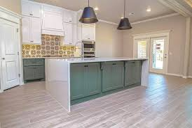 kitchen cabinets with gray floors colors that go with gray floors designing idea