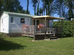 wc de jardin camping du gît vacances dans le jura