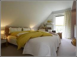 schlafzimmer ideen dachschr ge wandgestaltung schlafzimmer dachschräge kogbox