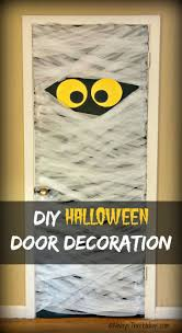 door decorations door decorations spooky diy mummy door decoration