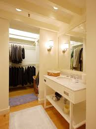 Bathroom Closet Design Of Fine Bathroom Walk Closet Design Amazing - Bathroom with walk in closet designs
