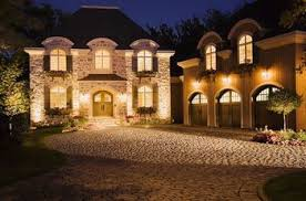 Walkway Outdoor Lighting How To Show Off Evening Curb Appeal - Home outdoor lighting