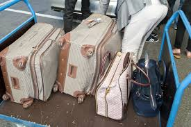 100 united baggage weight united air agent cancels man