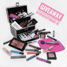 Make Up Nyx giveaway win nyx professional make up goodies the beautynerd