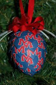 show your team spirit this great for ornament