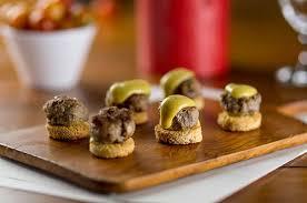 canape de aperitivo canapé de hambúrguer caseiro academia da carne friboi