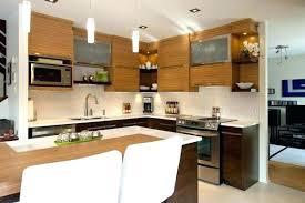 taille moyenne cuisine taille moyenne cuisine best cette photo montre une cuisine ouverte