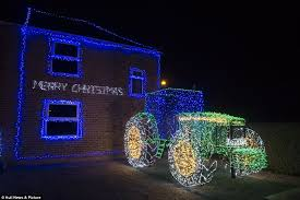 Wilkinsons Blue Christmas Decorations by Christmas Enthusiasts Turn Their Houses Into Winter Wonderlands