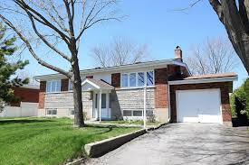 coll ue de bureau bungalow for sale in vimont laval 28442603 richard faucher