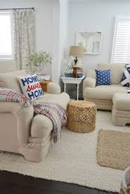 patriotic coastal cottage living room