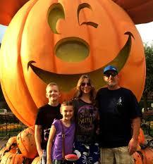 is mickey u0027s halloween party worth it 10 disneyland tips for